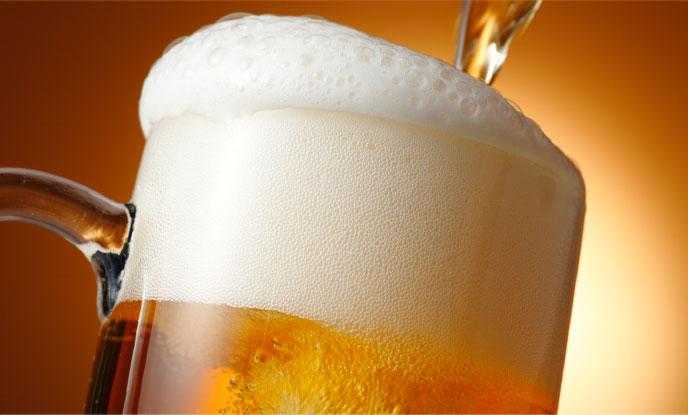 家よりもお店で飲むビールが旨いのはなぜ?